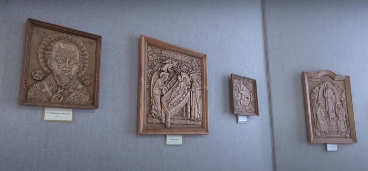 Выставка резных икон